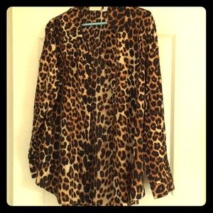 Chico top size 1. Very gently worn. Like new